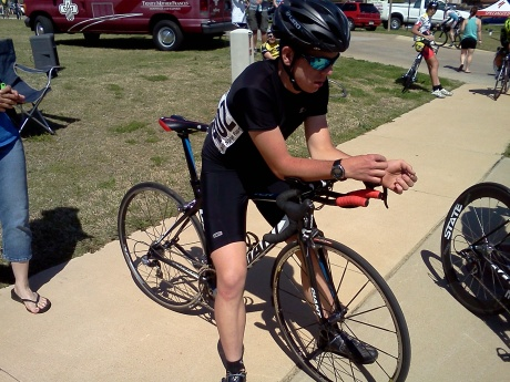 Connor focuses & prays for strength as he awaits his turn on the start ramp...